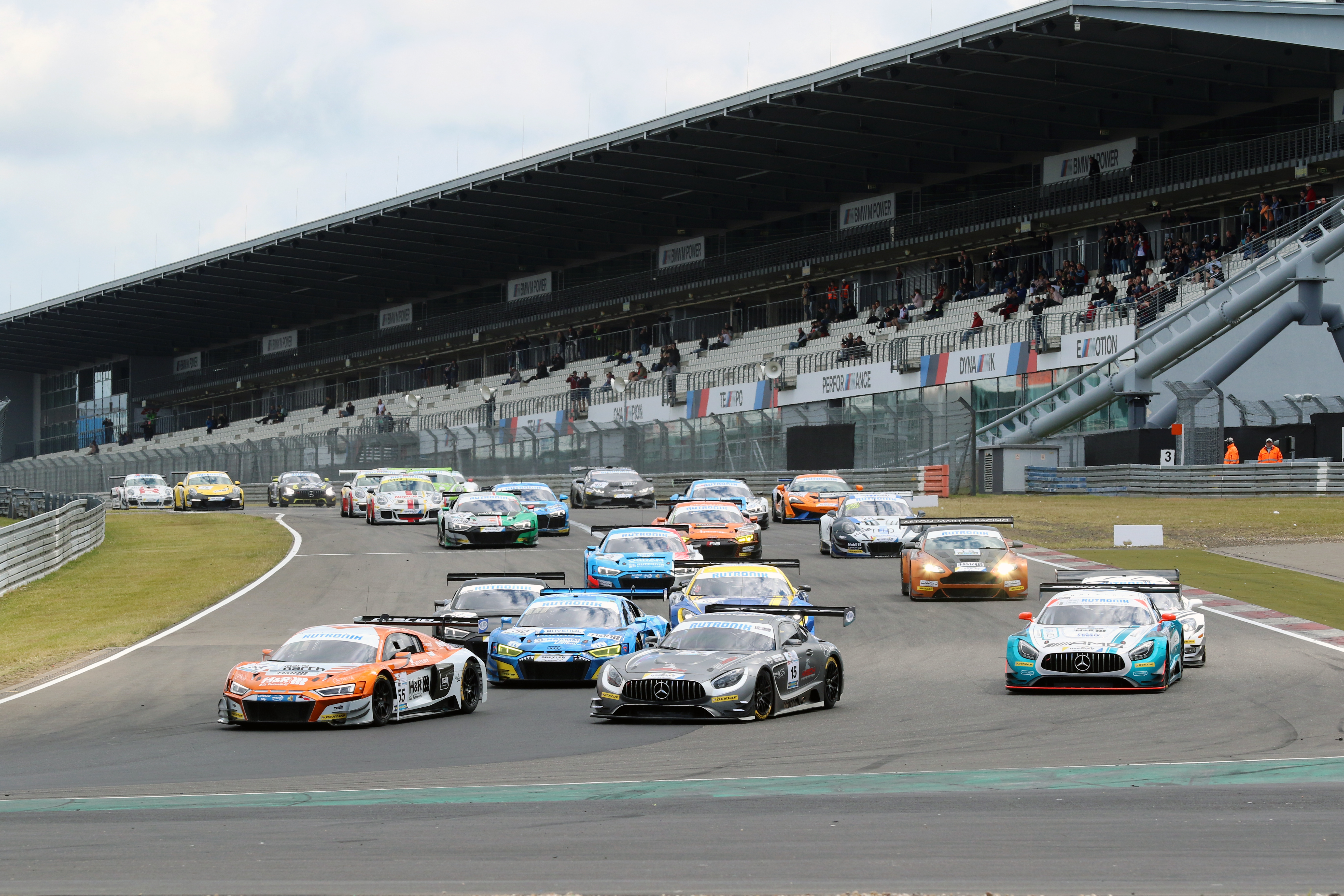 Start des DMV GTC auf dem Nürburgring