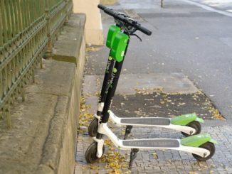 e_scooter_elektrisch_lime_grün