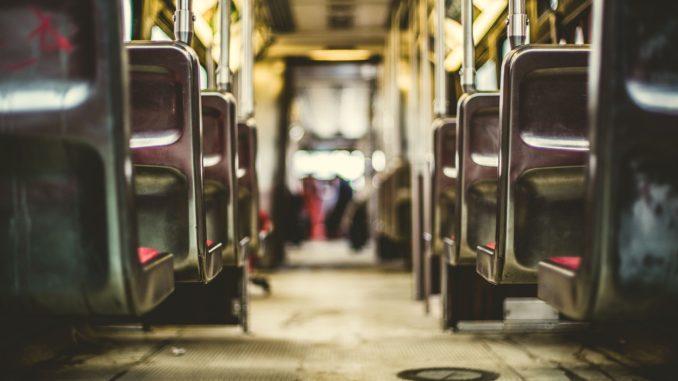 bus_sitze_hocker_verkehrsmittel