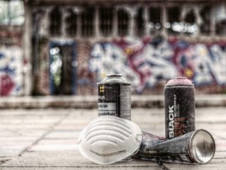 graffiti_nürnberg_beschmieren_polizei