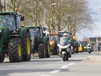 traktoren_demo_tractors_bauern_demo