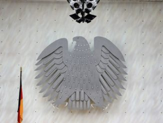 bundesregierung_regierung_bundesrepublik_deutschland_adler_bundestag_abgeordnete
