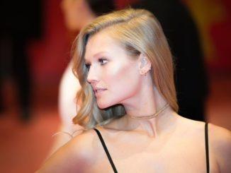 toni_garrn_model_blond_frau