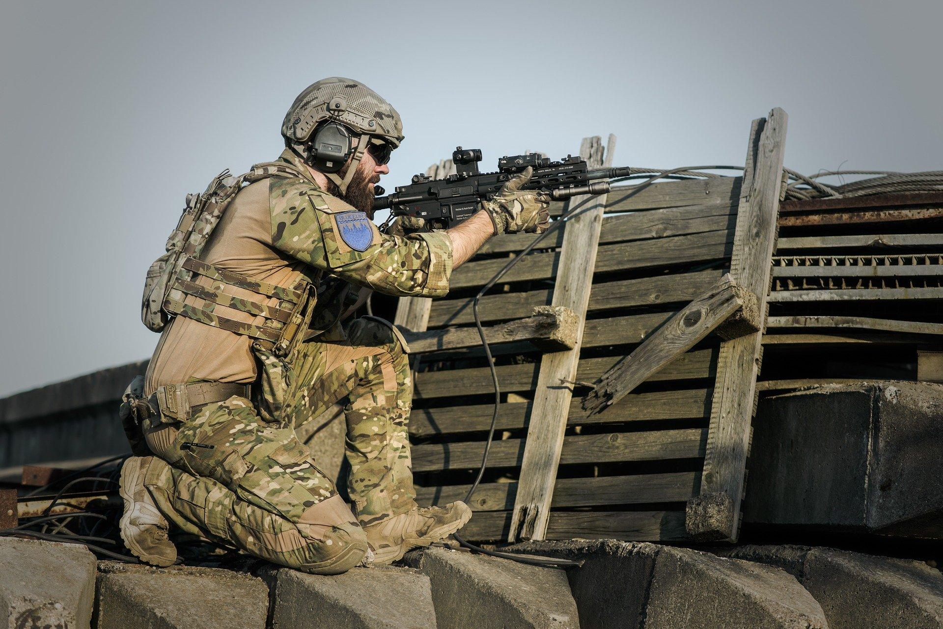 angriff_krieg_irak_iran_bagdad_usa_soldaten_soldat