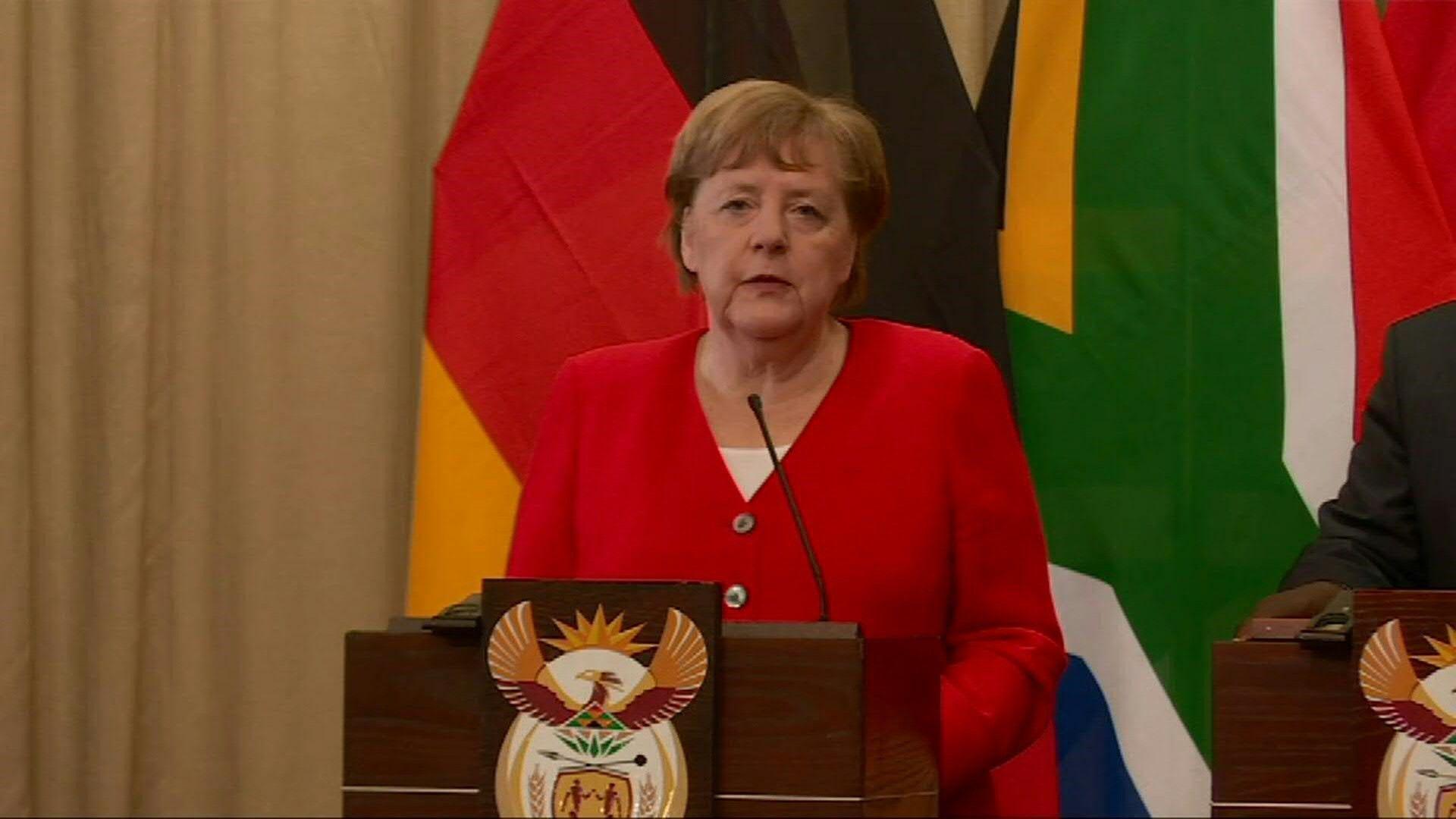 Angela Merkel in Afrika - Bild: AFP via glomex