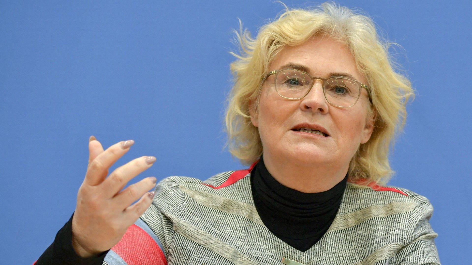 justizministerin_lambrecht_strafe_gesetz