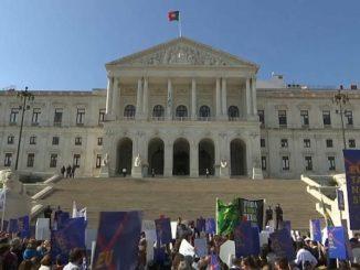 portugal_legalisierung_sterbehilfe_parlament_gesetz