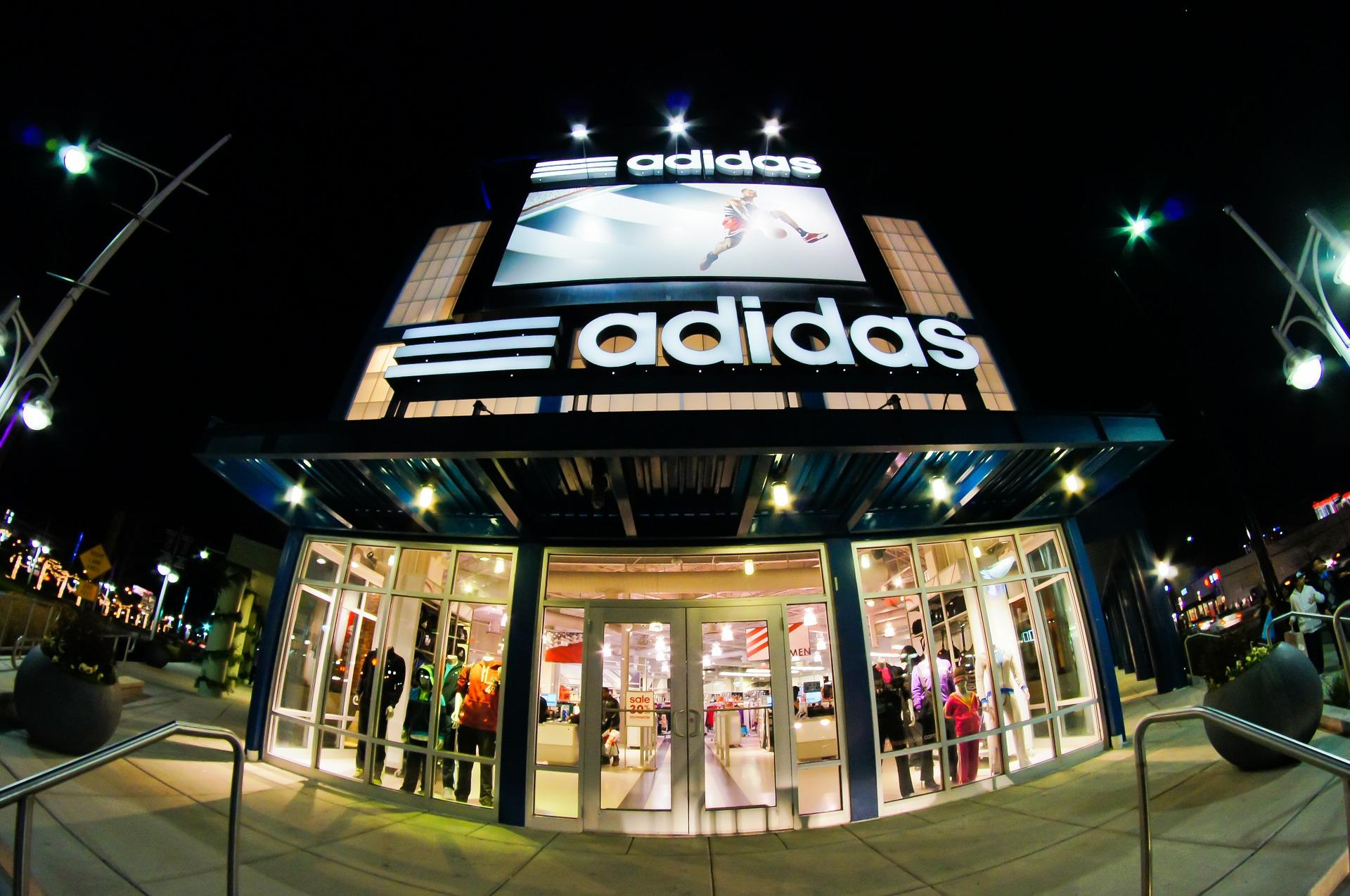 laden_adidas_amerika