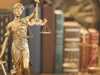 Justitia - Bild: izzet ugutmen / shutterstock.com