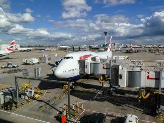 Symbolbild: Jumbojet von British Airways