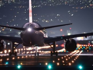 Symbolbild: Flugzeug