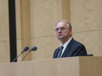 Reiner Haseloff - Bild: Bundesrat   Dirk Deckbar