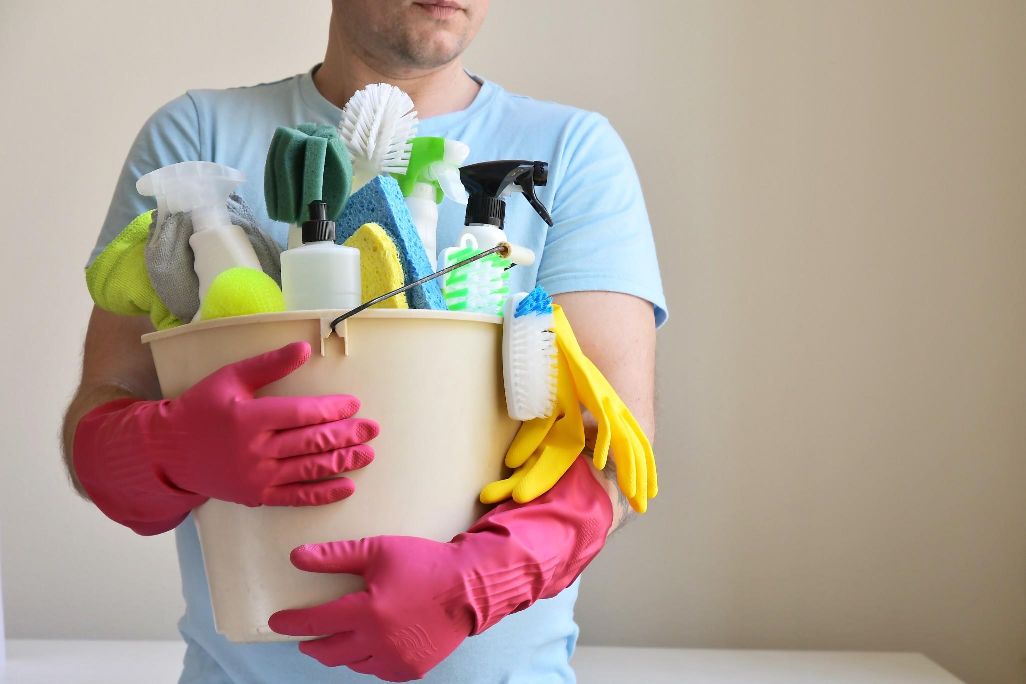 Mindestlohn für rund 700.000 Reinigungskräfte in ...