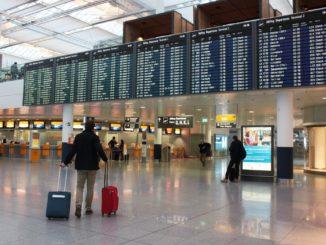 Münchener Flughafen - Abflughalle - Bild: a_lice via Twenty20