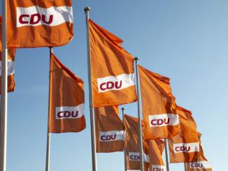 CDU-Fahnen - Bild: CDU Deutschlands