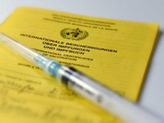 Impfen - Bild: Dirk Vorderstraße/CC BY 2.0