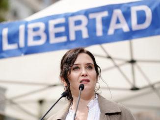 Isabel Díaz Ayuso - Bild: Populares de Madrid
